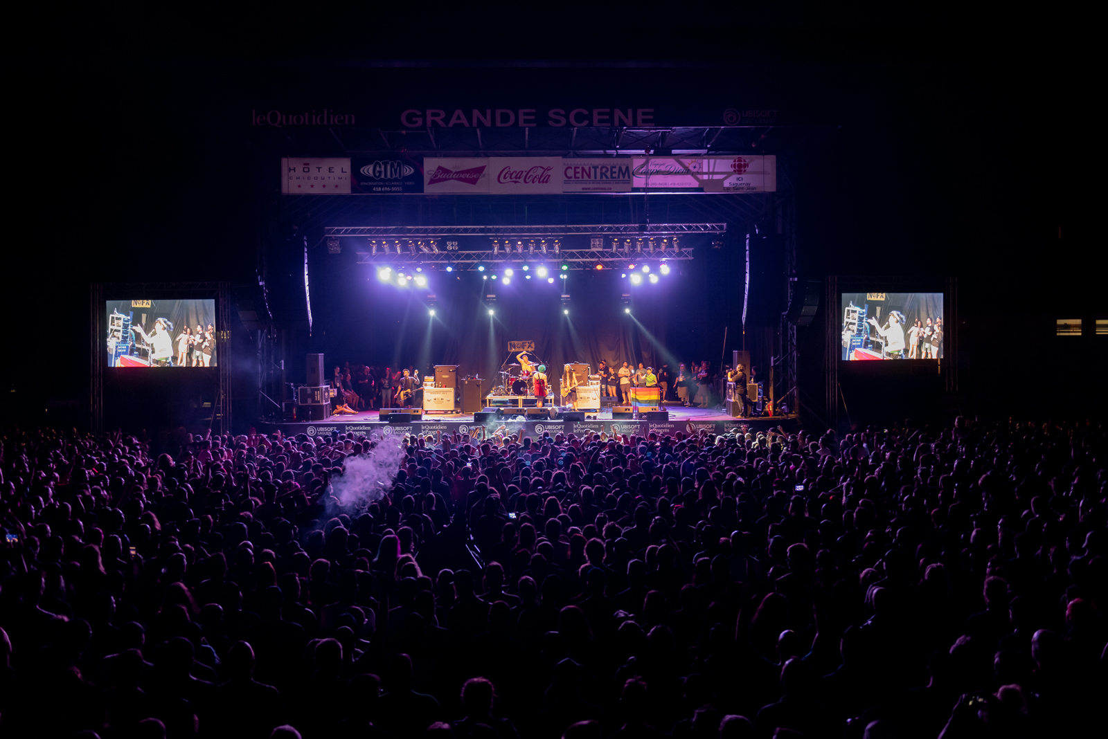 SPECTACLE NOFX